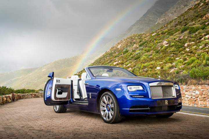 Rolls-Royce Dawn Named Telegraph's 'Luxury Car of the Year'