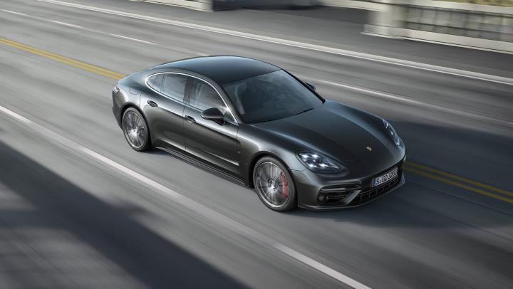 Porsche Panamera Breaks Nordschleife Record