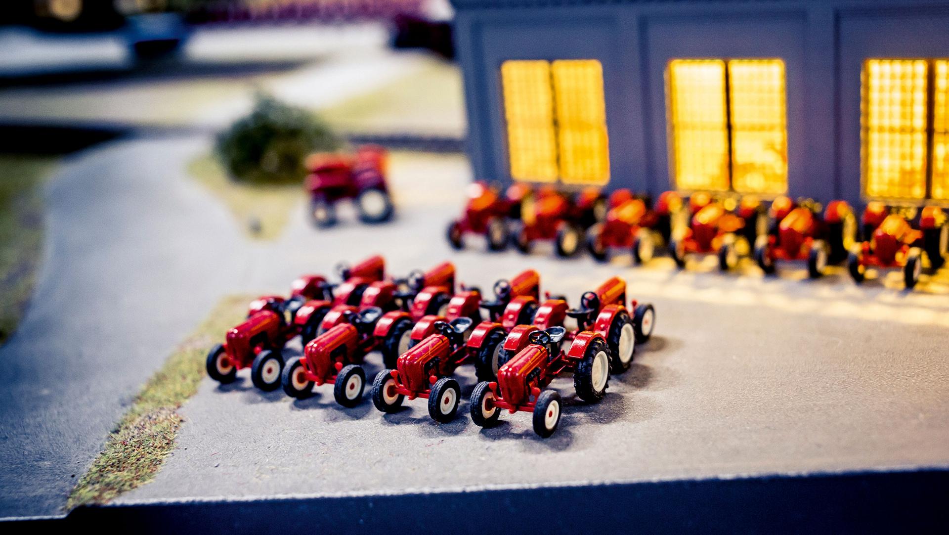 Tractors in miniature, TraumWerk © Dr. Ing. h.c. F. Porsche AG