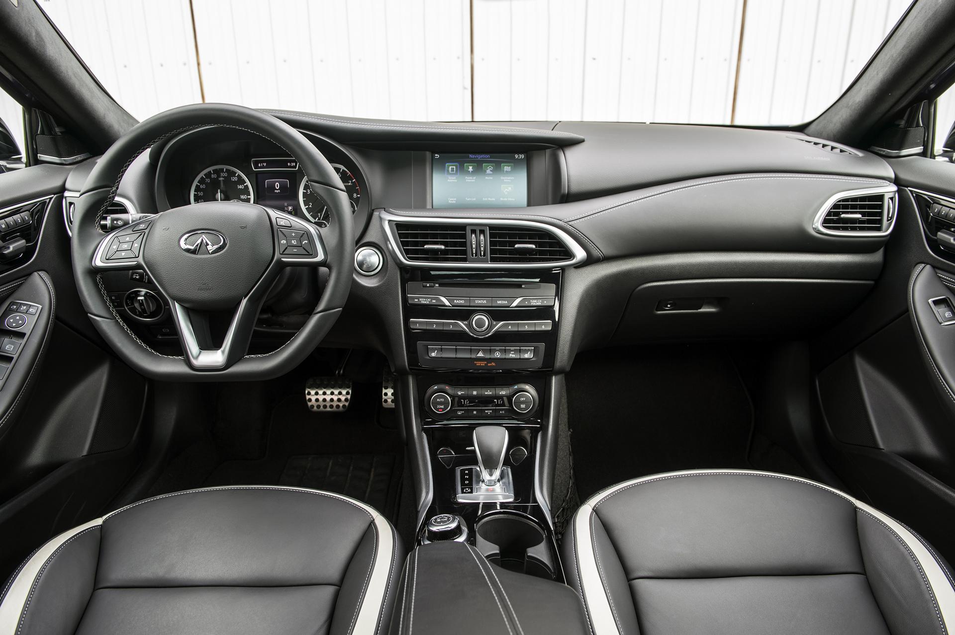 2017 Infiniti QX30 Sport © Nissan Motor Co., Ltd.
