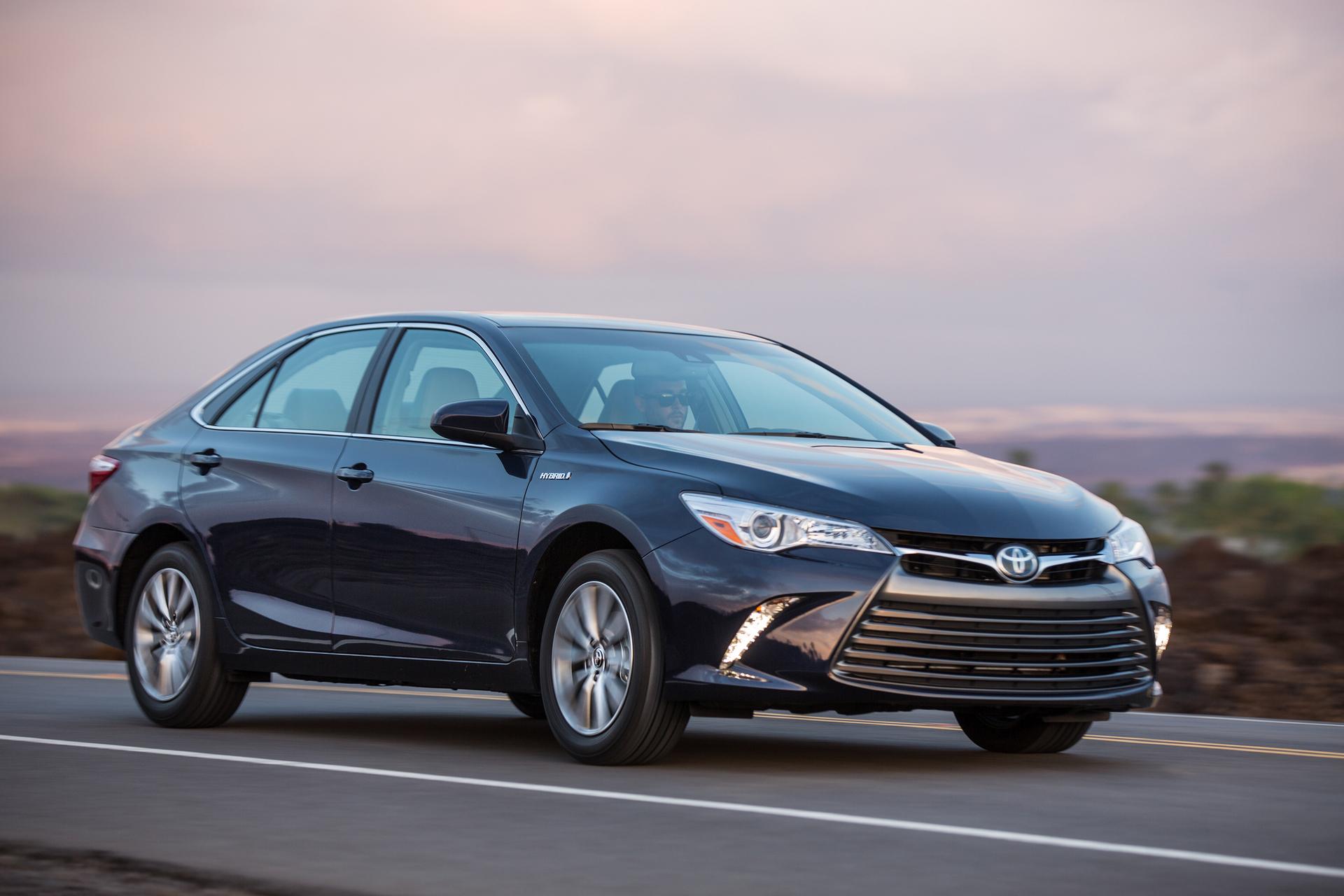 2017 Toyota Camry Hybrid Motor Corporation