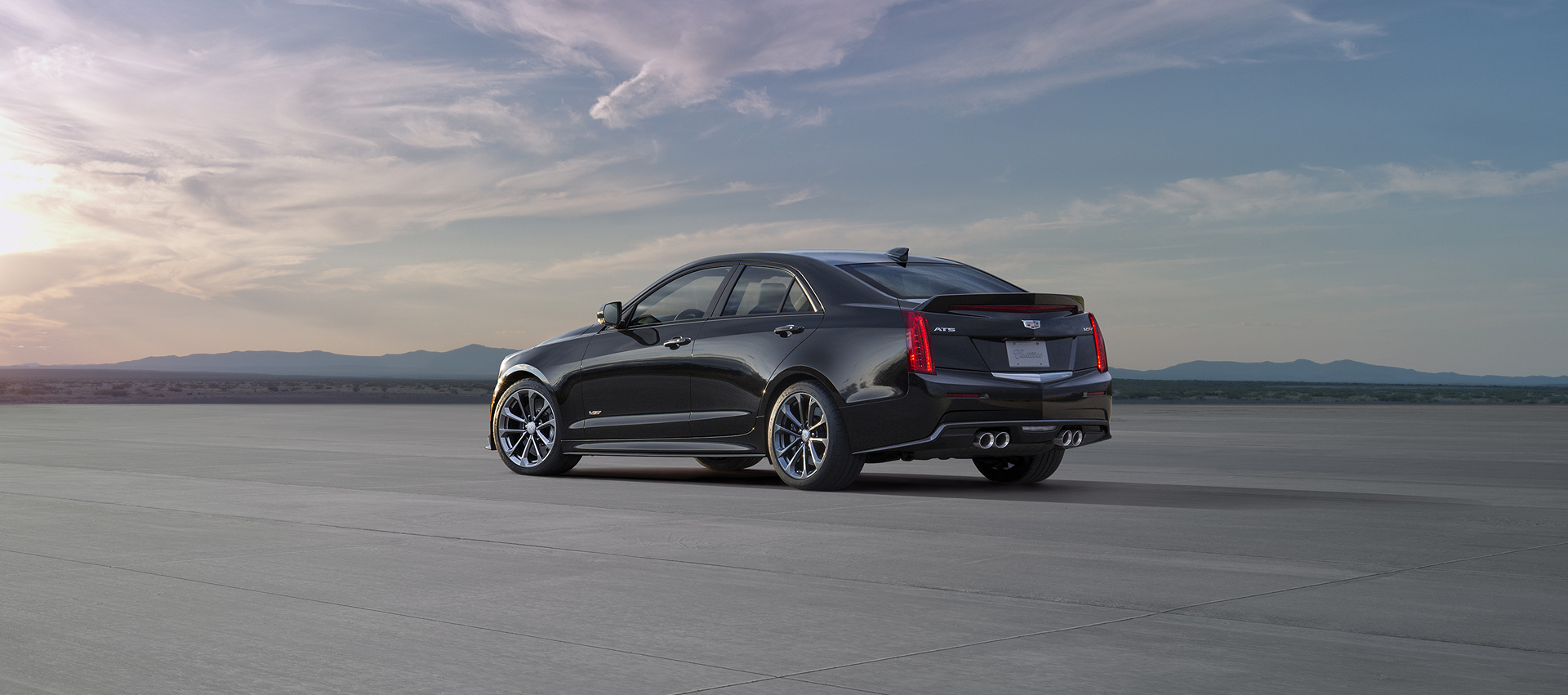 2017 Cadillac ATS-V © General Motors