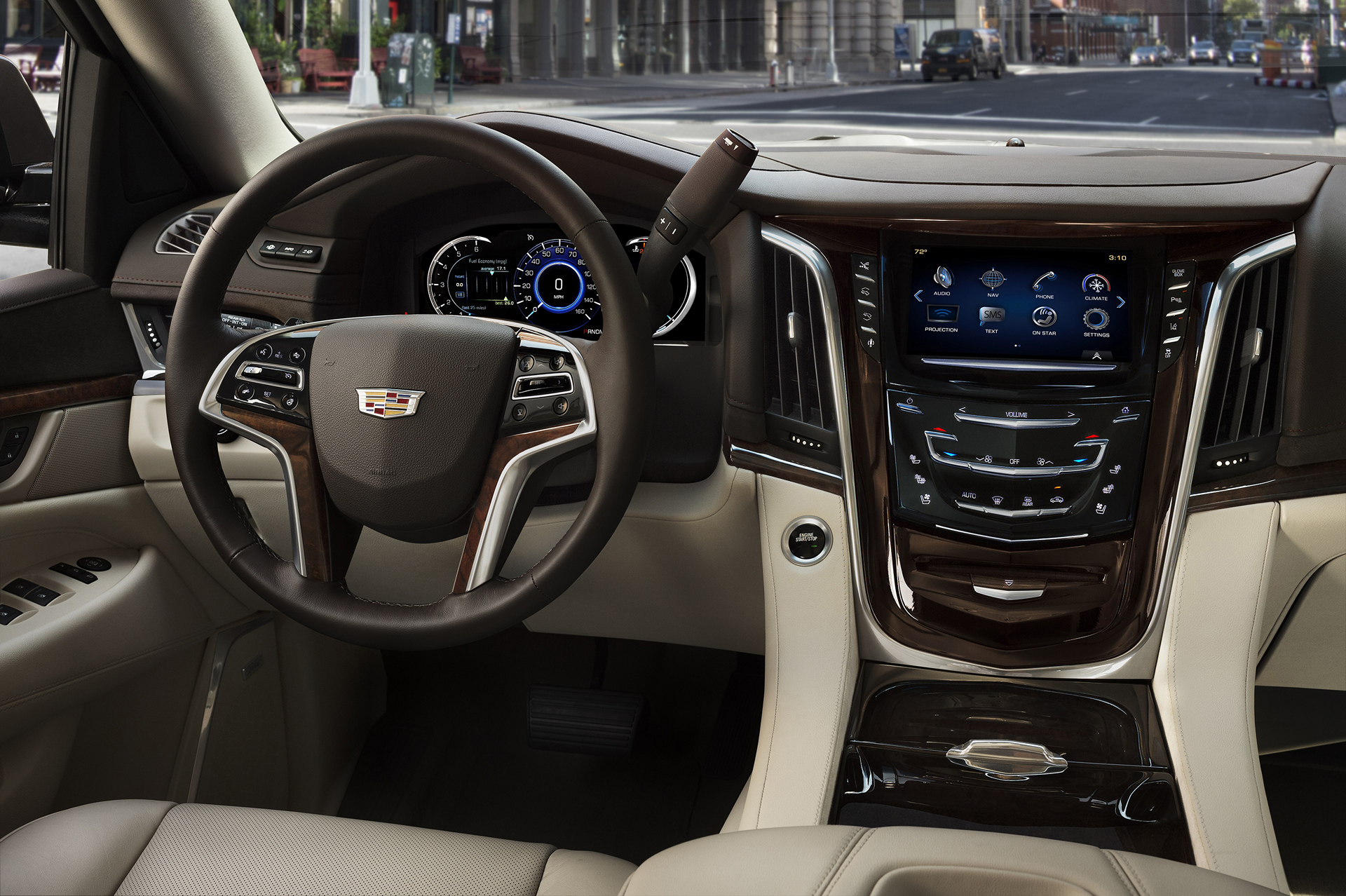 2017 Cadillac Escalade © General Motors
