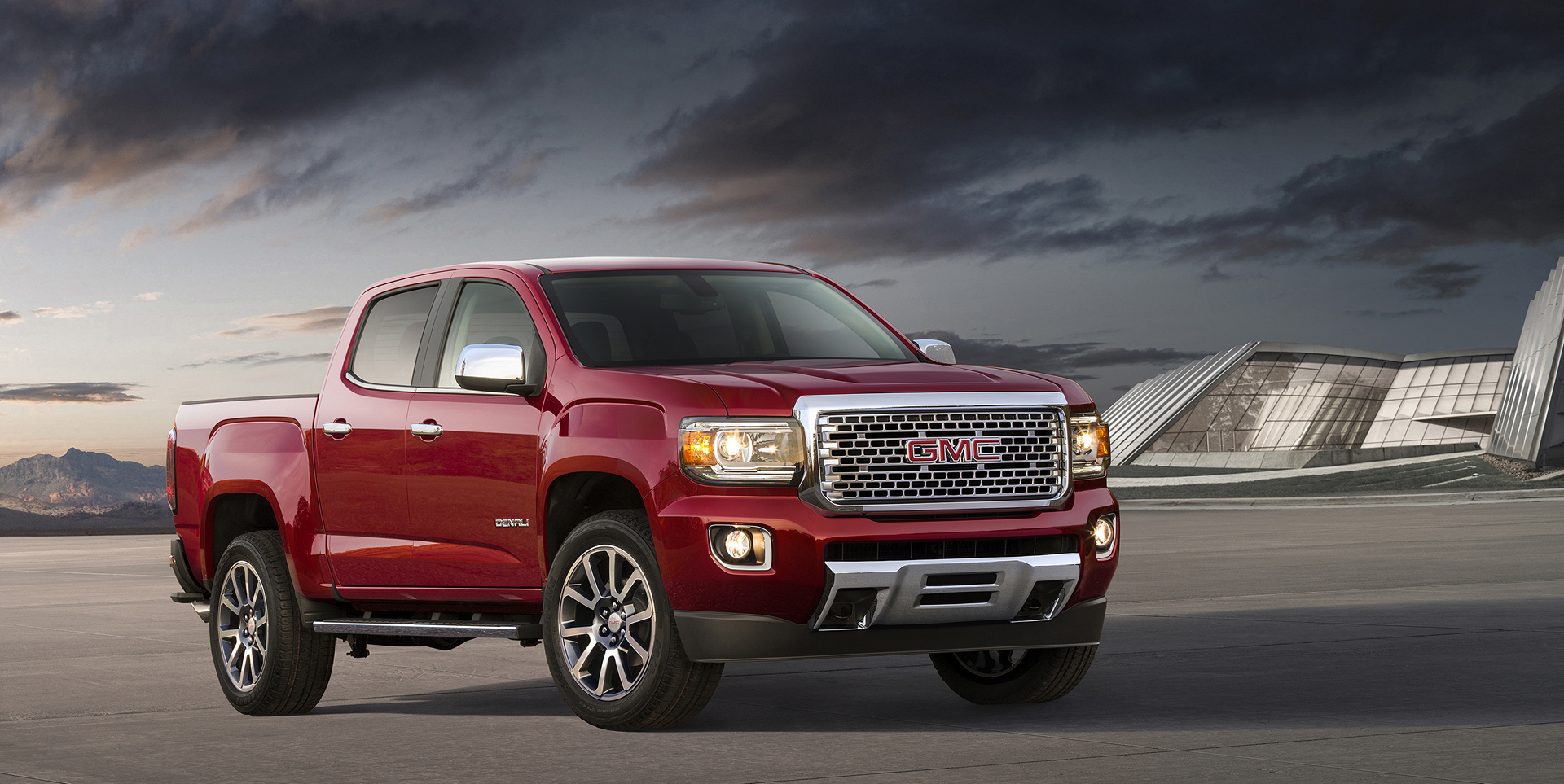 2017 GMC Canyon Denali​ © General Motors