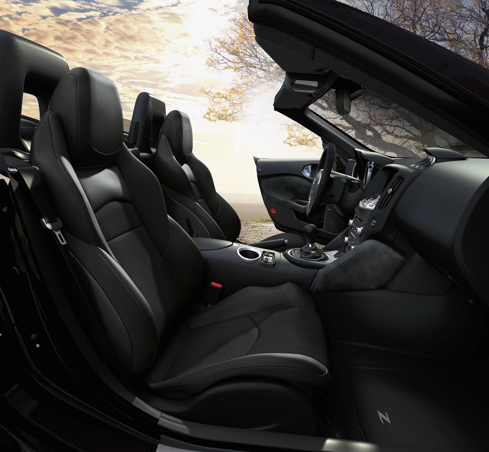 2017 Nissan 370Z Roadster © Nissan Motor Co., Ltd.