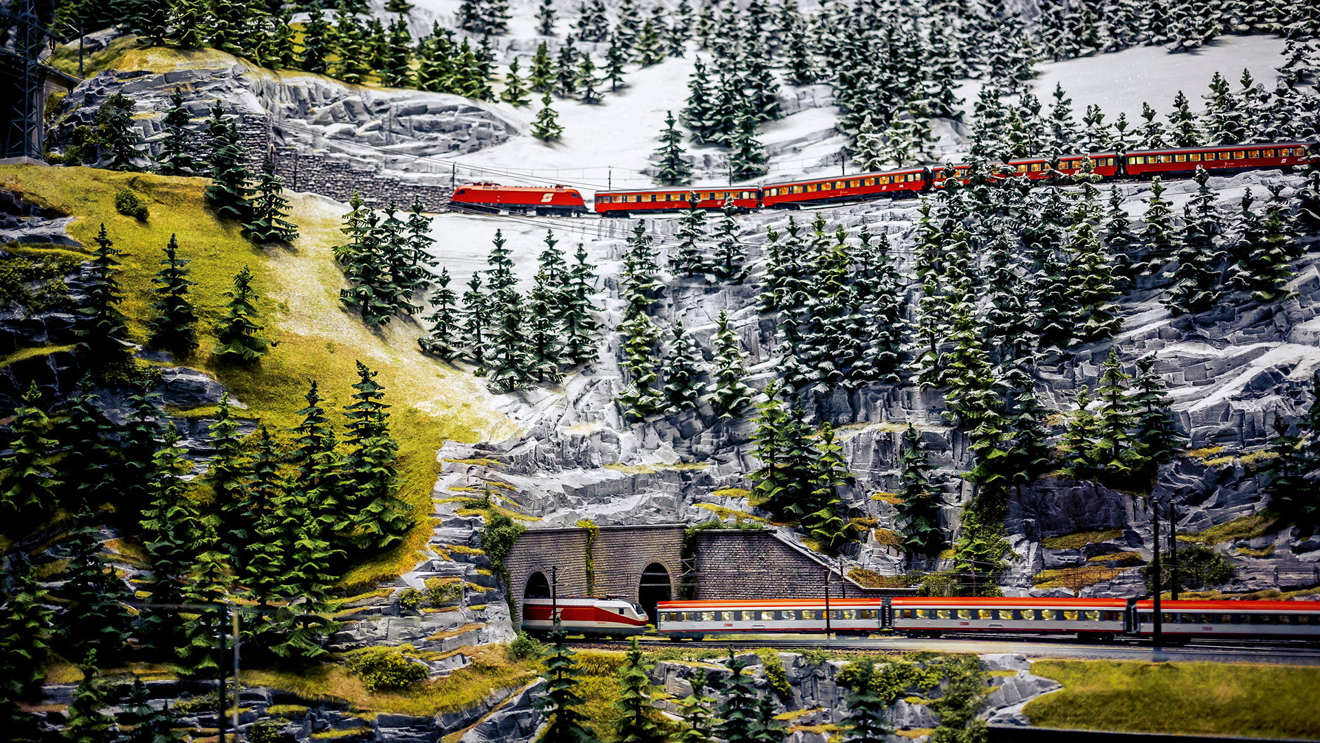 Märklin model train, Alps in miniature, TraumWerk © Dr. Ing. h.c. F. Porsche AG