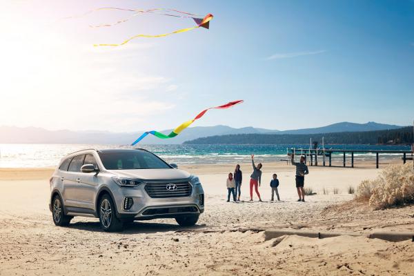 2017 Santa Fe © Hyundai Motor Company