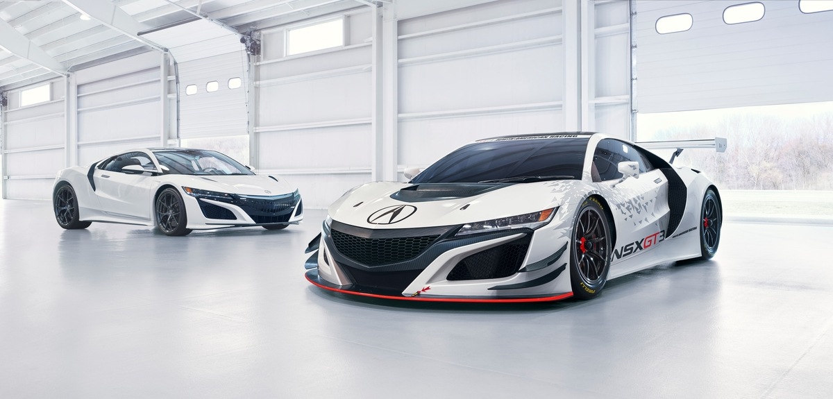 The 2017 Acura NSX supercar and NSX GT3 racecar will be featured at multiple events throughout Monterey Automotive Week © Honda Motor Co., Ltd.