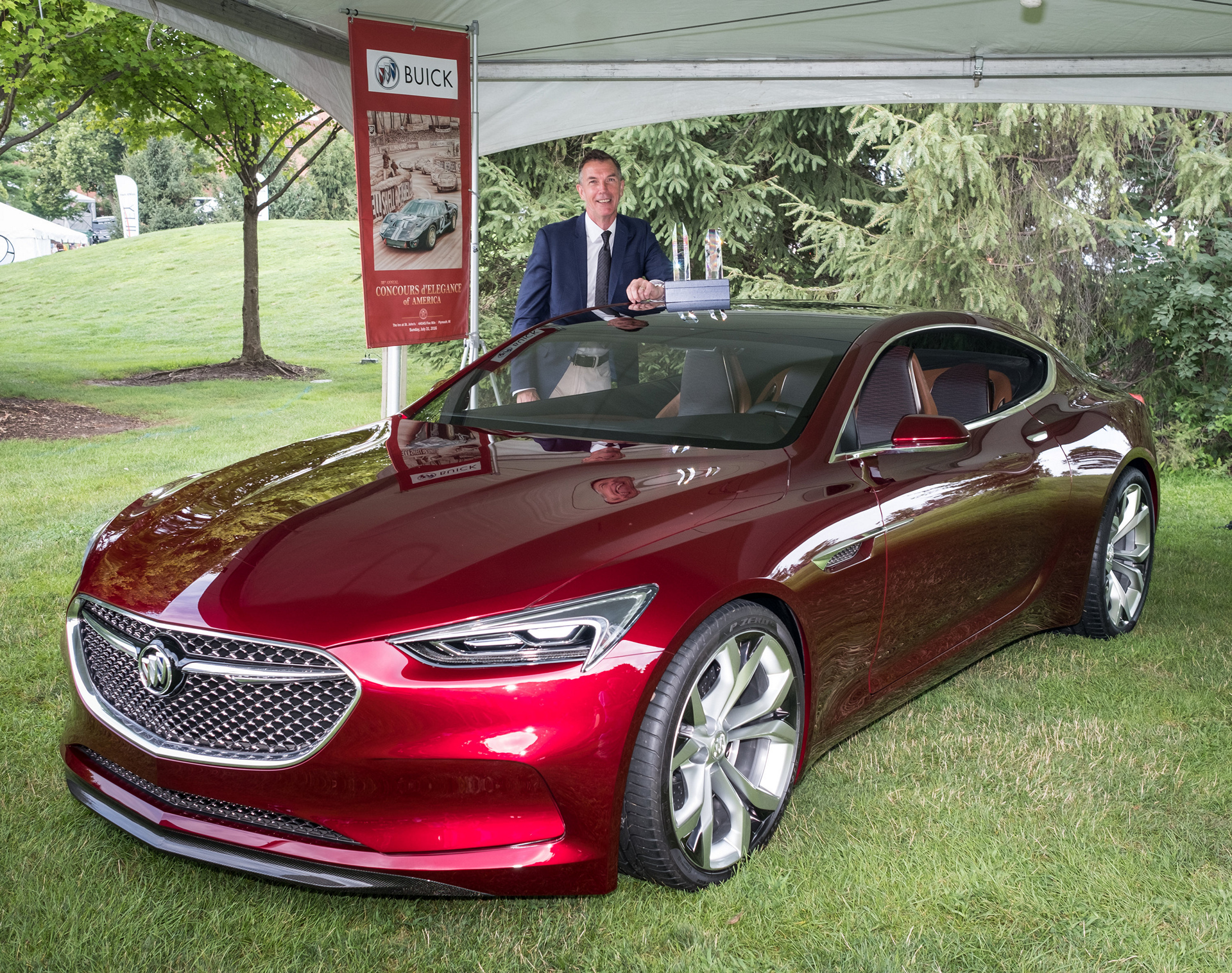 Buick Avista Concept Wins Two Awards At Concours d'Elegance General Motors © General Motors