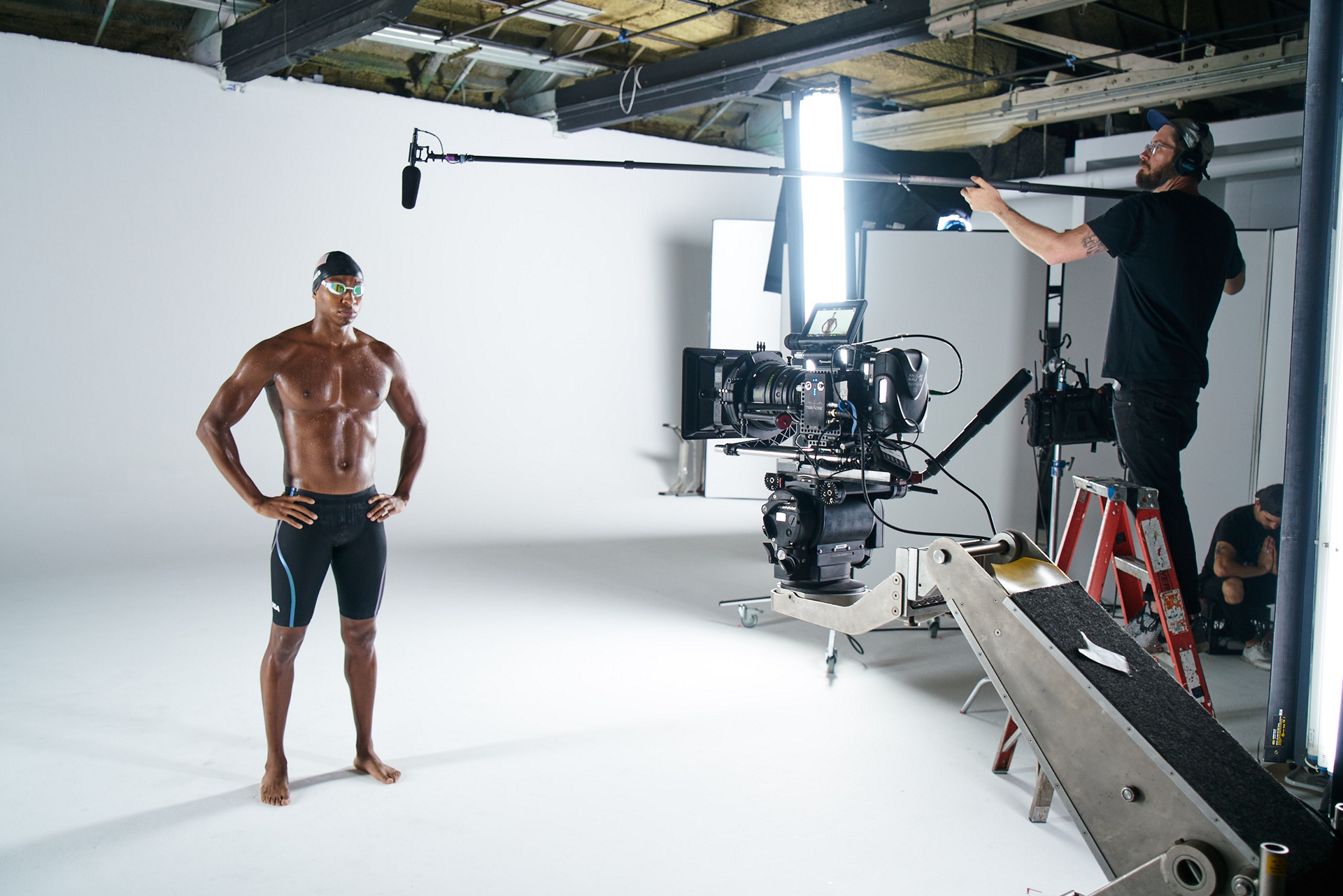 Cullen Jones behind the scenes at the MINI 2016 Olympics commercial shoot © BMW AG