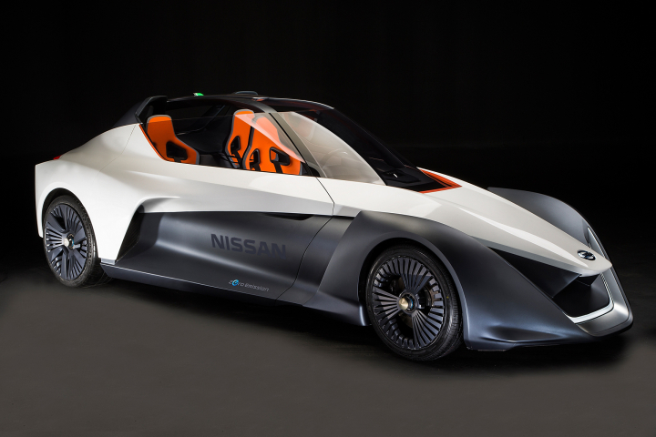 Nissan BladeGlider Brings Cutting Edge Intelligent Mobility to Life