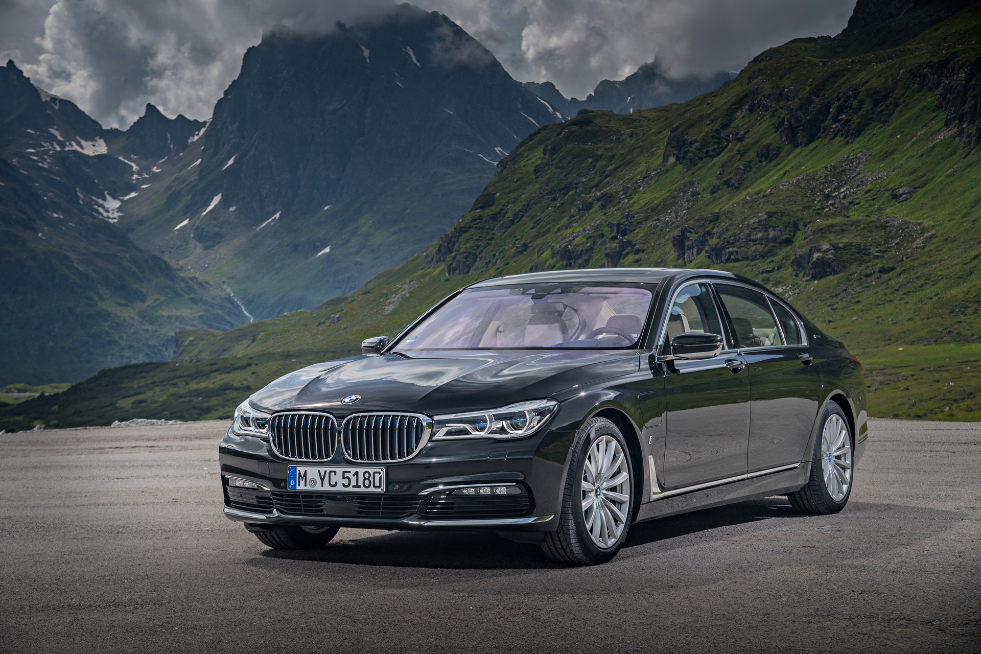 2017 BMW 740e xDrive iPerformance © BMW AG