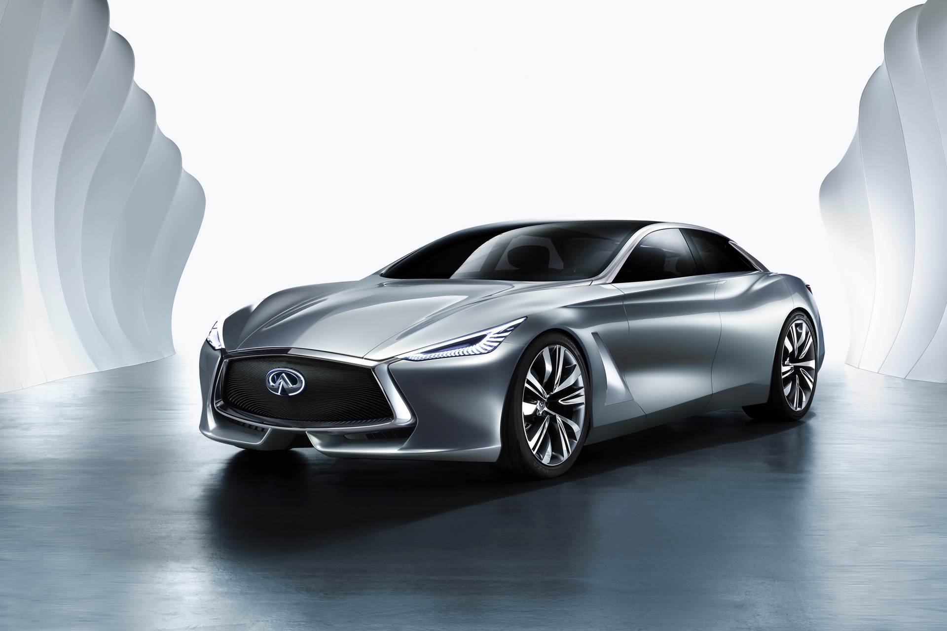 Infiniti Q80 Inspiration © Nissan Motor Co., Ltd.