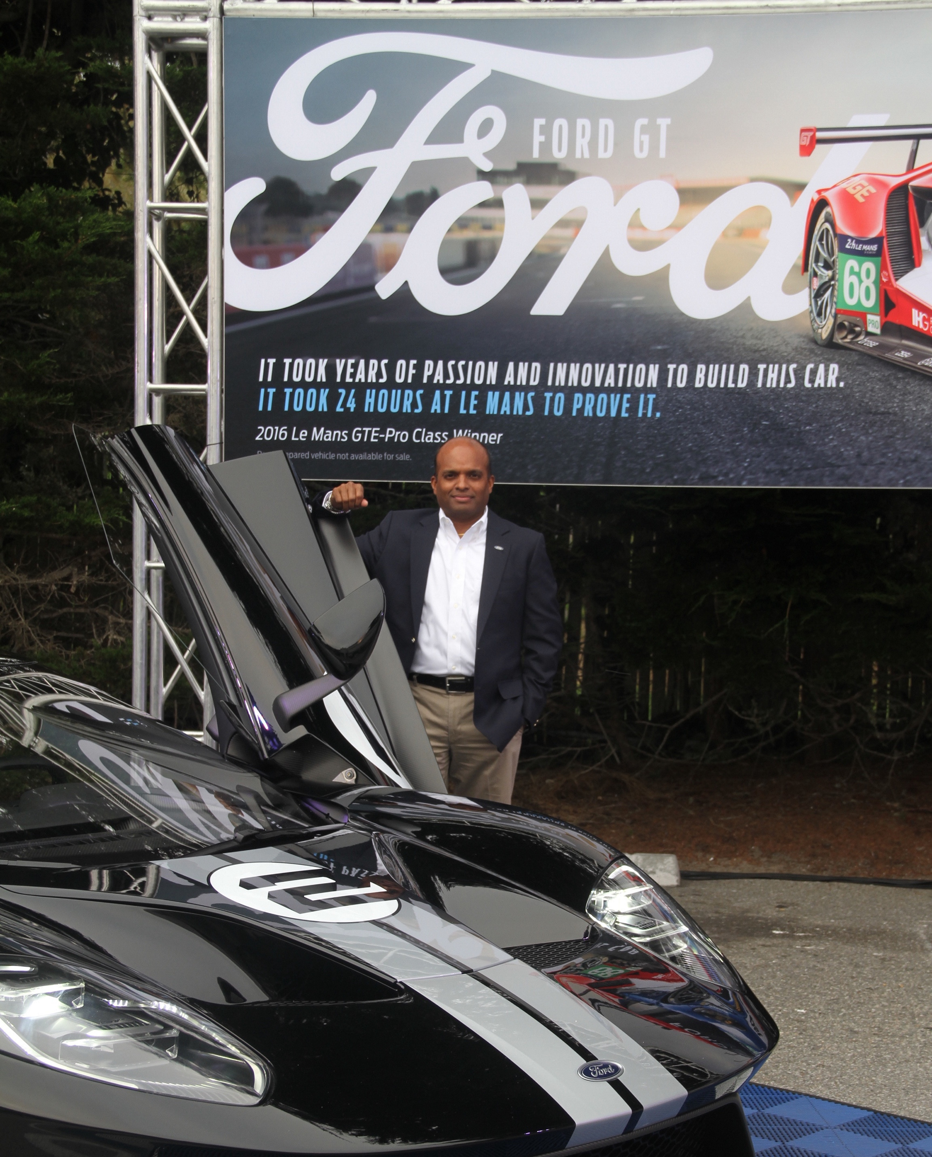 Raj Nair with the Ford GT © Ford Motor Company