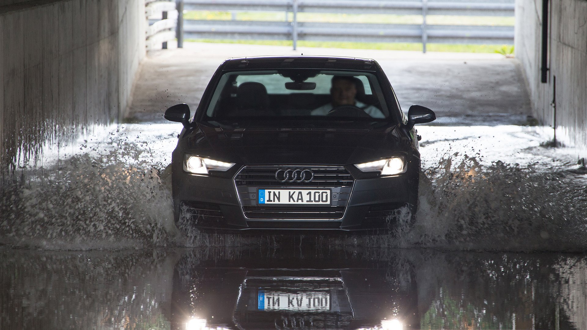 A car lifetime in fast-forward mode: 100th Audi Quality Assurance INKA test © Volkswagen AG