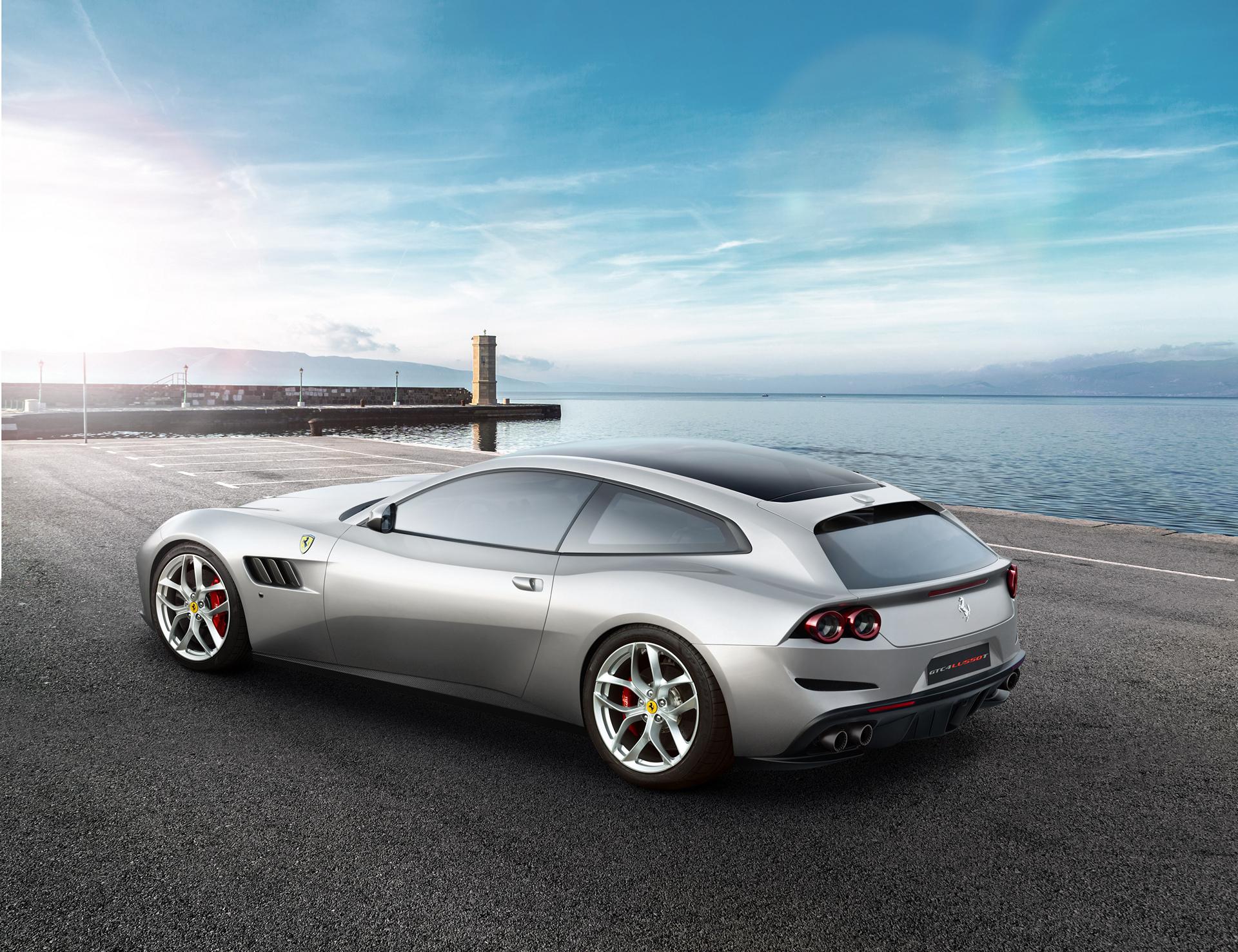 Ferrari GTC4Lusso T © Fiat Chrysler Automobiles N.V.