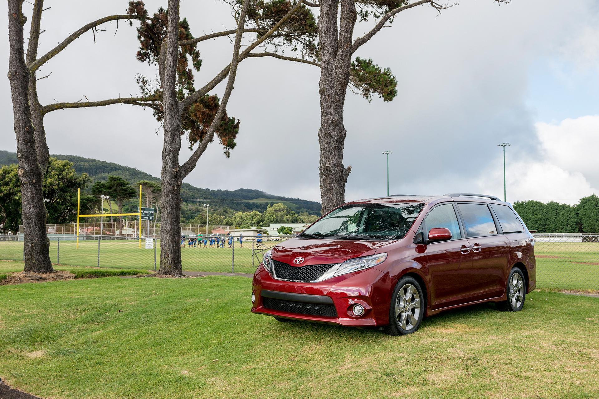 2017 Toyota Sienna © Toyota Motor Corporation