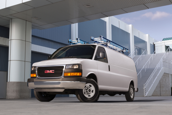 2016 GMC Savana Cargo Van © General Motors