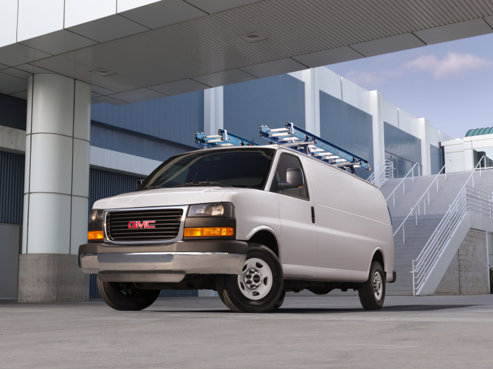 2016 GMC Savana Cargo Review