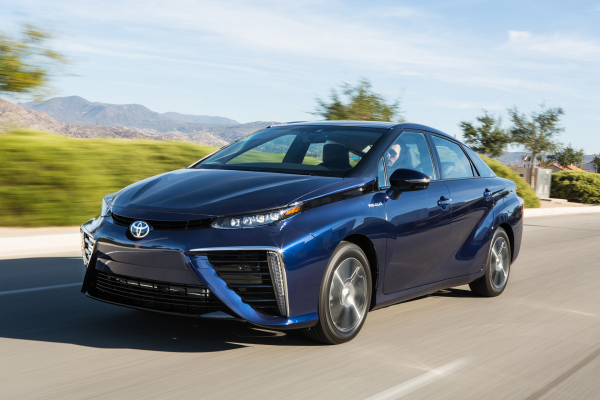 2017 Toyota Mirai Fuel Cell Sedan © Toyota Motor Corporation