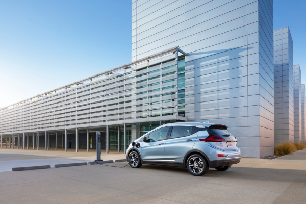 2017 Chevrolet Bolt EV © General Motors