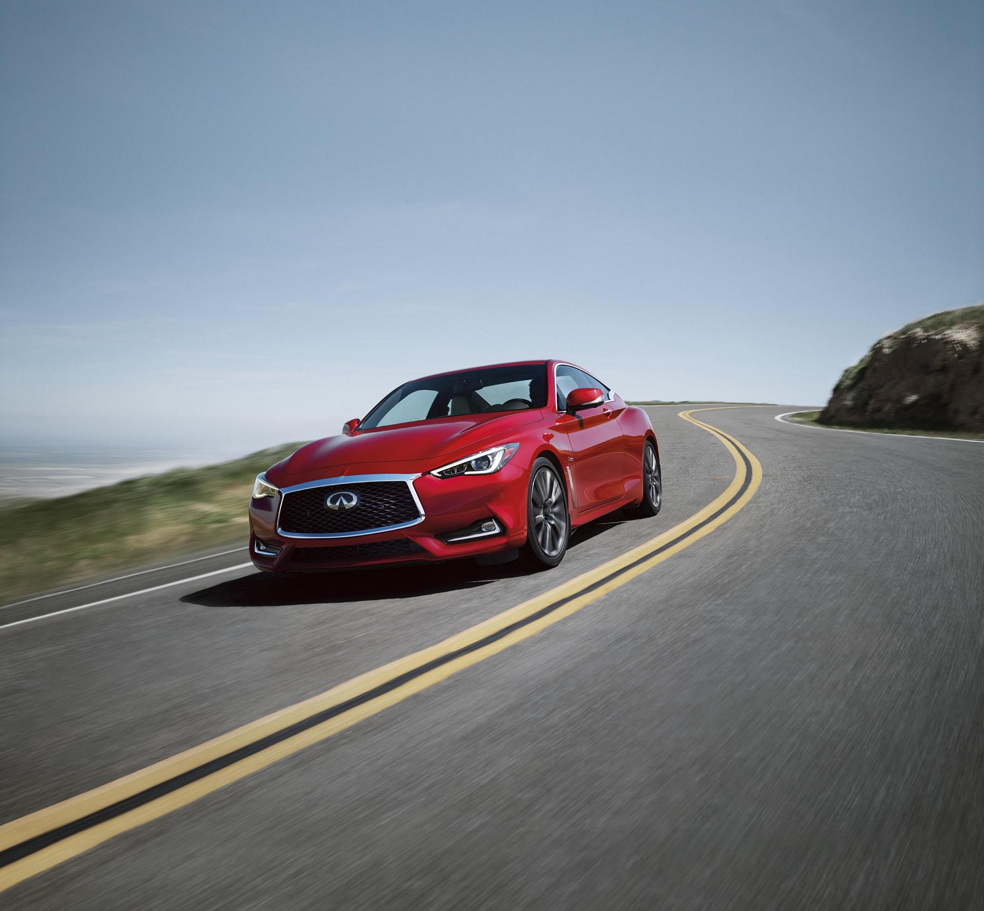 2017 INFINITI Q60 Red Sport 400 © Nissan Motor Co., Ltd.