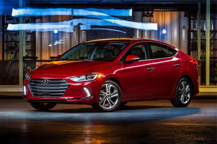Hyundai Elantra Named to Wards 10 Best User Experiences List
