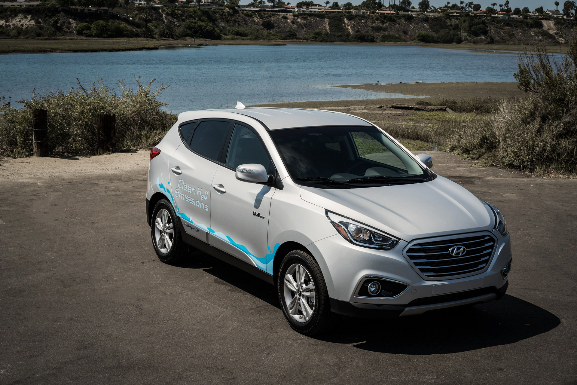 2017 Hyundai Tucson Fuel Cell © Hyundai Motor Company