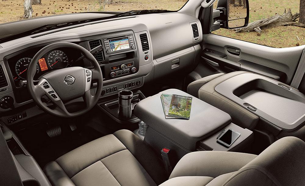 2016 Nissan NV Passenger © Nissan Motor Co., Ltd.
