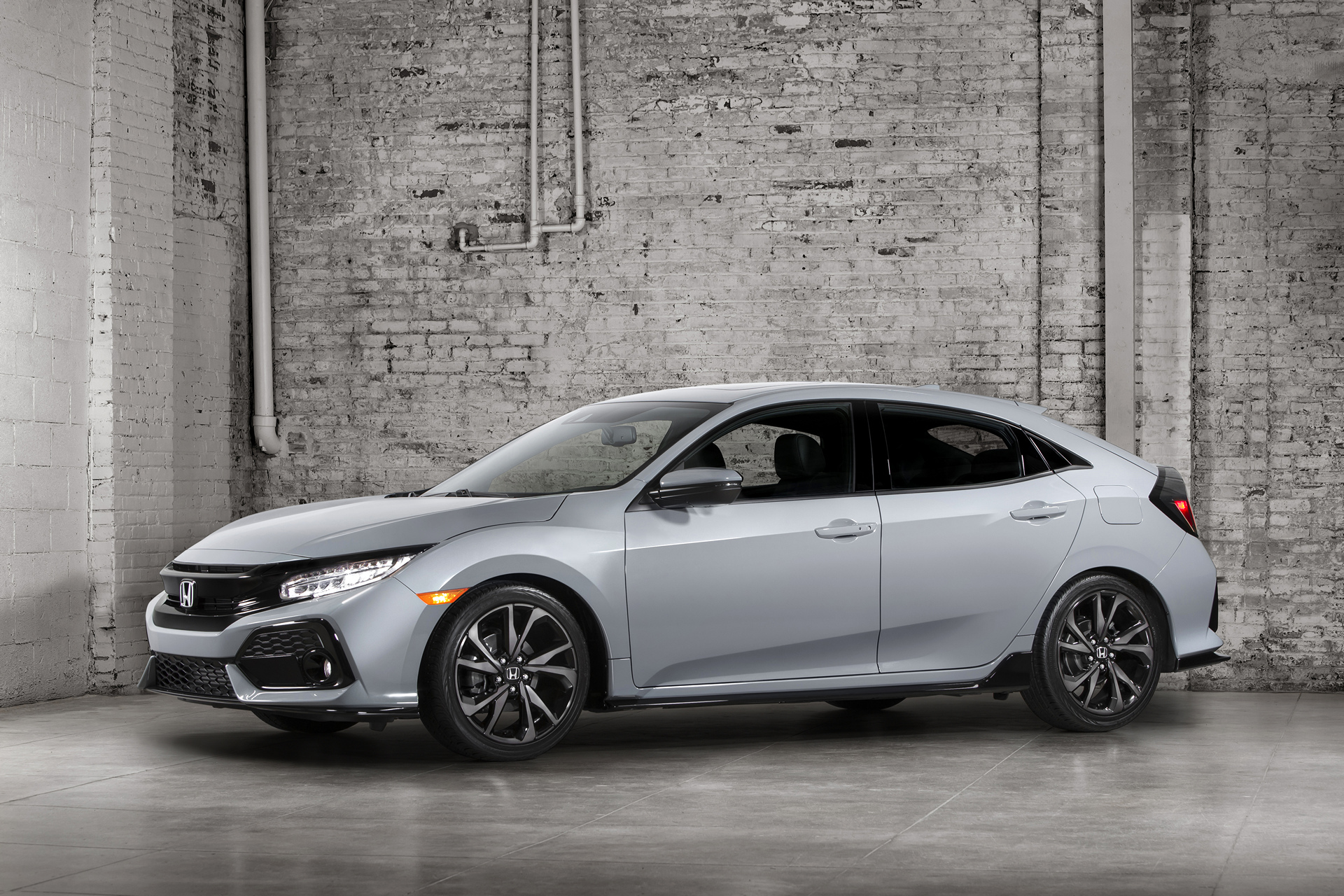 2017 Honda Civic Hatchback © Honda Motor Co., Ltd.