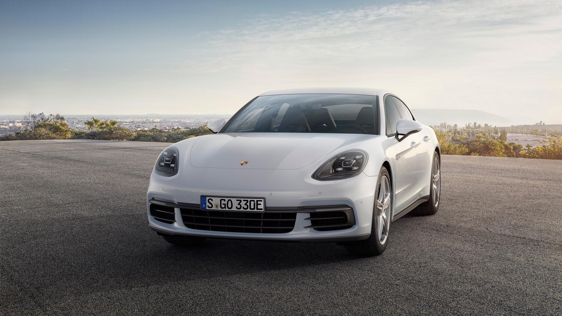 Panamera 4 E-Hybrid © Dr. Ing. h.c. F. Porsche AG