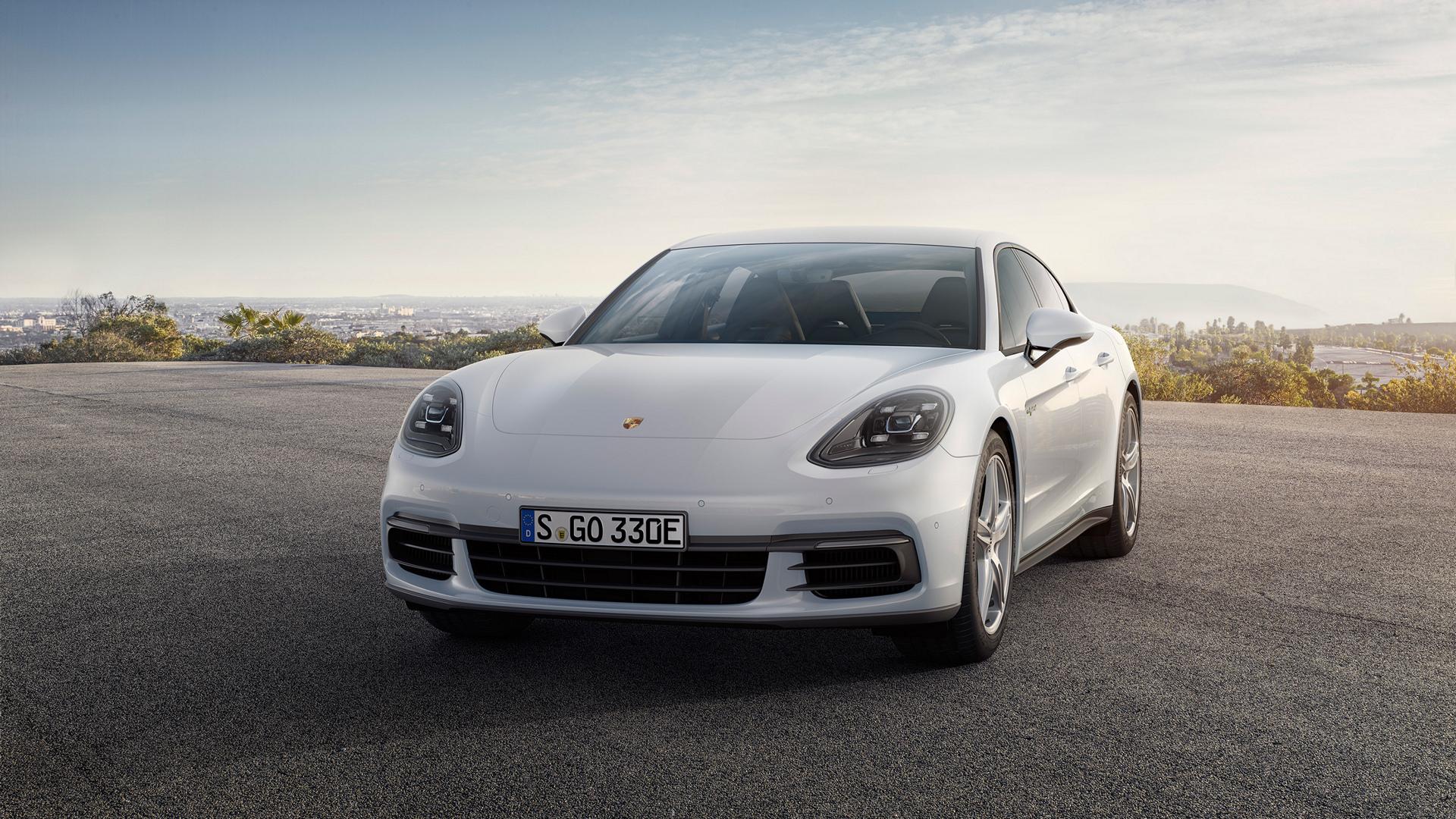 Porsche Panamera 4 E-Hybrid © Dr. Ing. h.c. F. Porsche AG