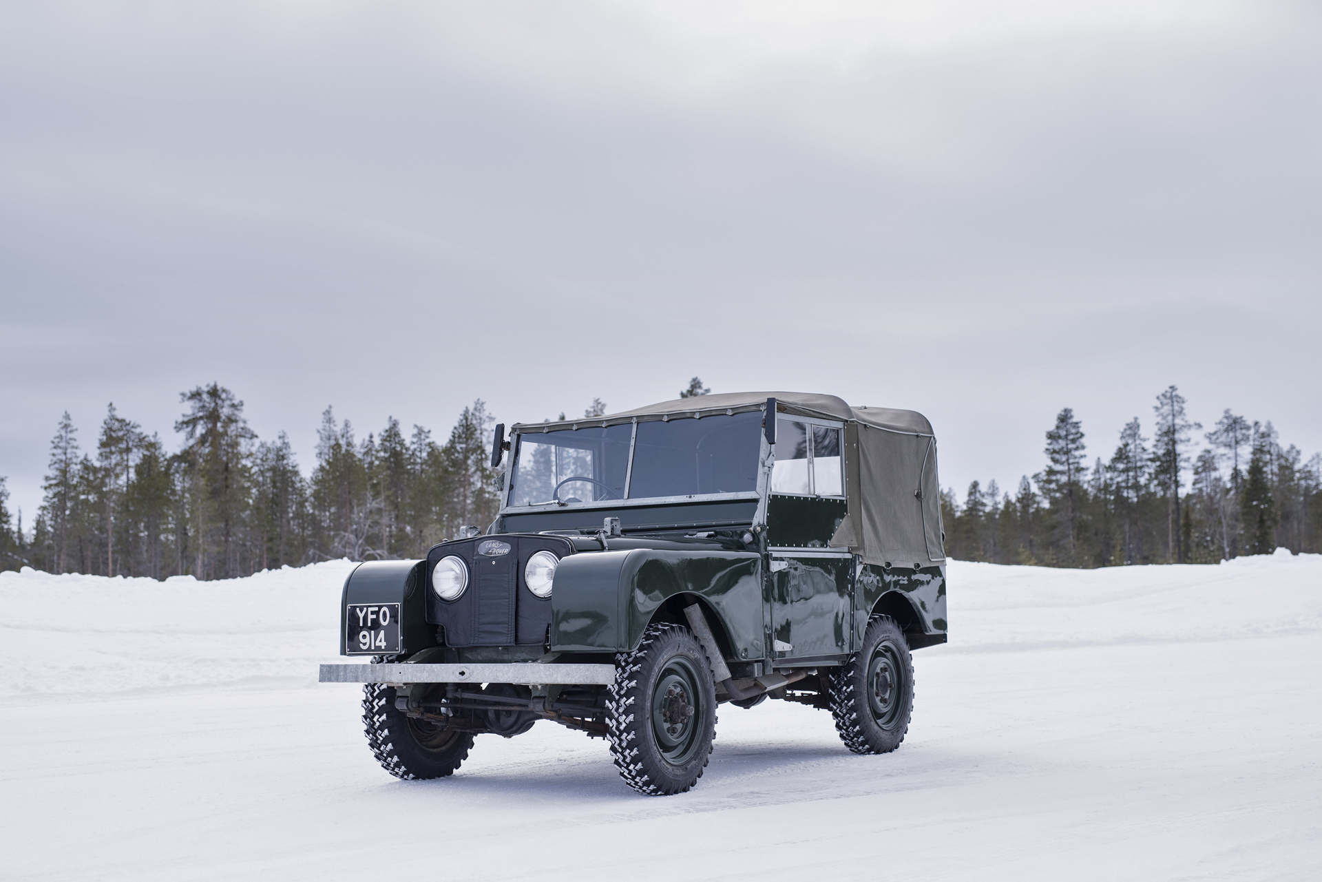 Jaguar Classic Partners Pirelli and Offers Unique Arctic Adventure © Tata Group