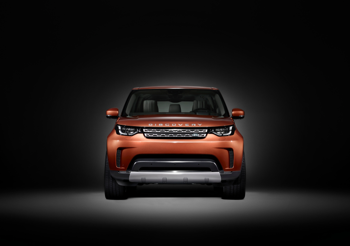 Land Rover to Debut All New Discovery SUV