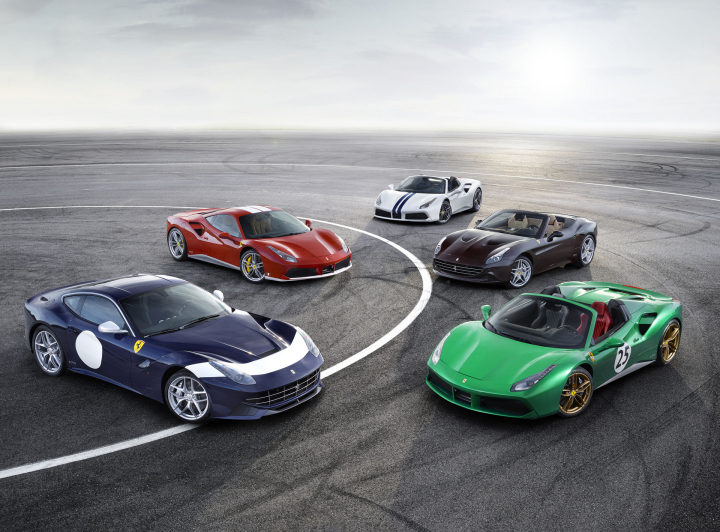 Paris World Premiere for GTC4Lusso T, Ferrari's First V8 Four-Seater