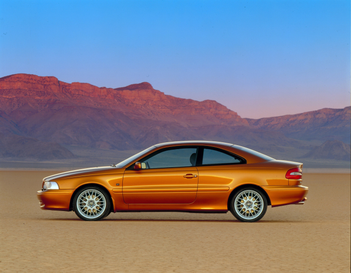 Volvo C70 Turns 20 – A Niche Car Made by Passion