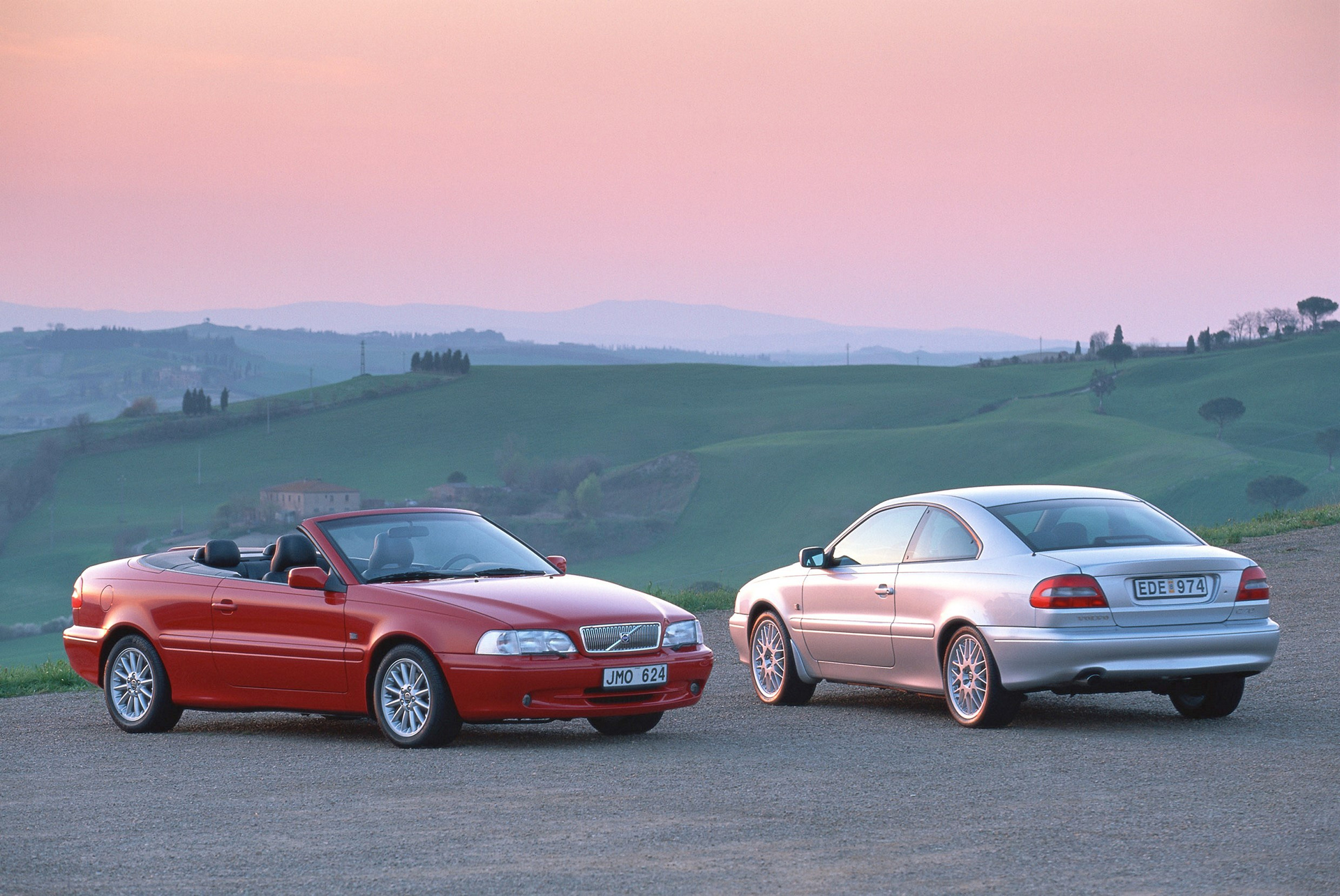 Volvo C70 Convertible and C70 Coupe © Zhejiang Geely Holding Group Co., Ltd