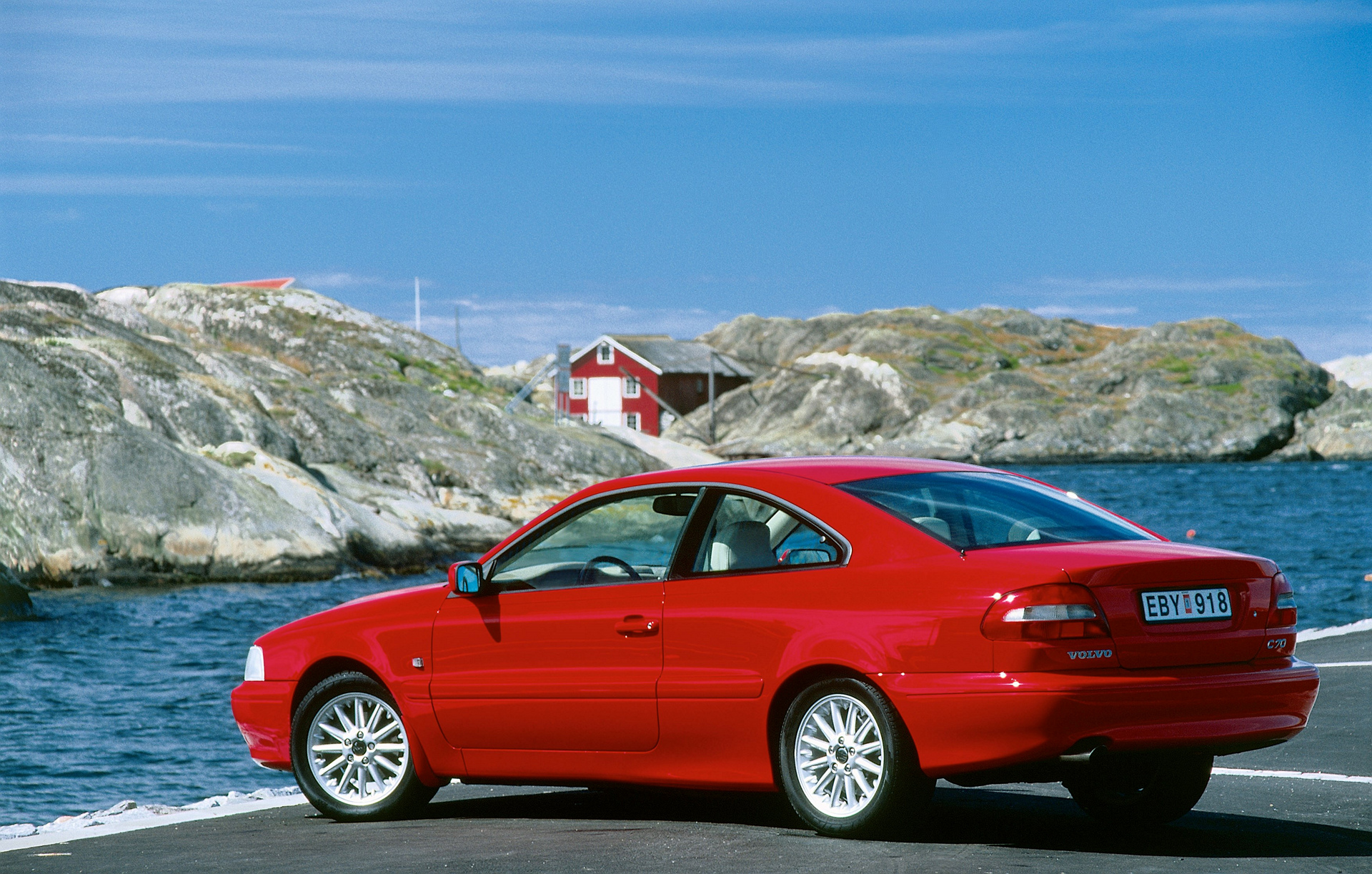 Volvo C70 Coupé © Zhejiang Geely Holding Group Co., Ltd