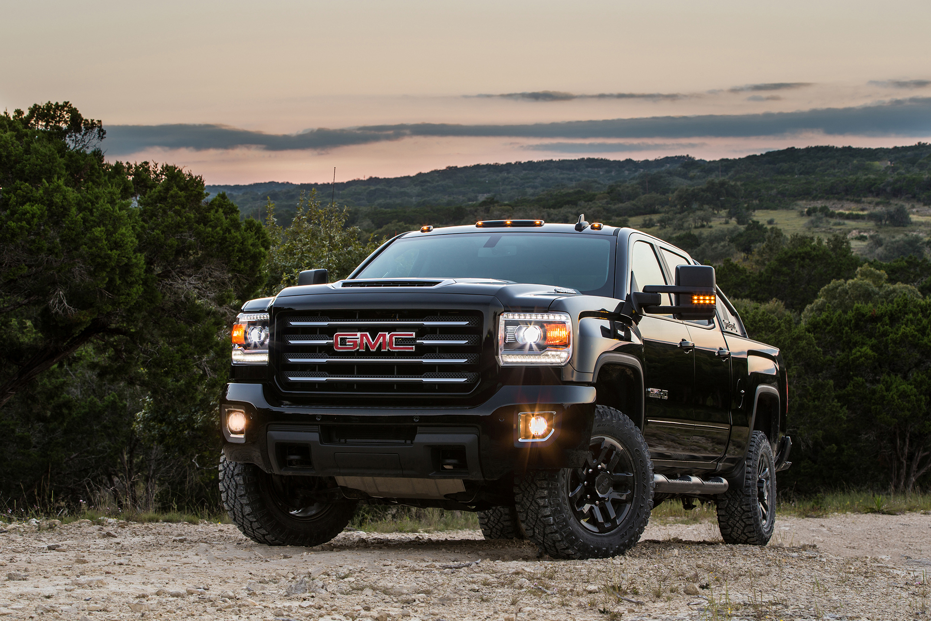 2017 GMC Sierra 2500HD All Terrain X © General Motors