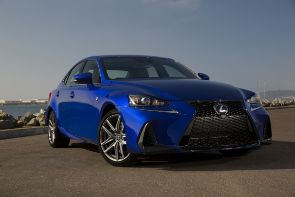2017 Lexus IS 350 F SPORT © Toyota Motor Corporation