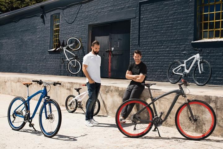 BMW Presents the New Cruise e-Bike