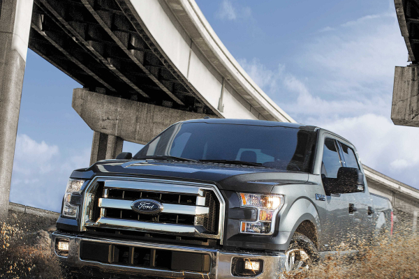 2017 Ford F-150 XLT © Ford Motor Company