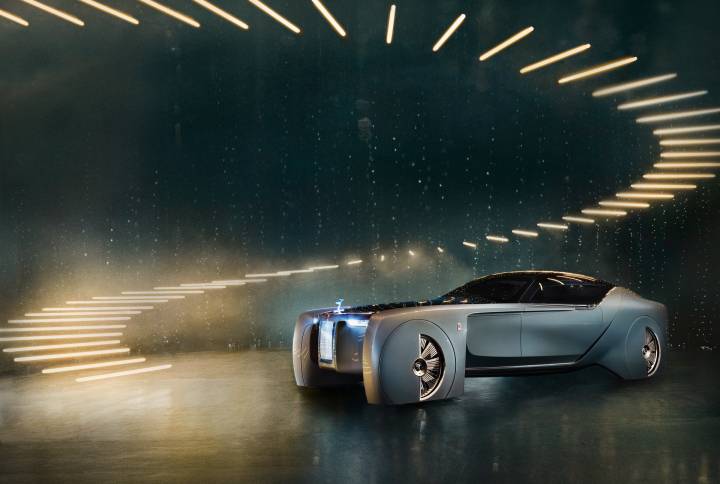 Rolls-Royce VISION NEXT 100 Makes North American Debut